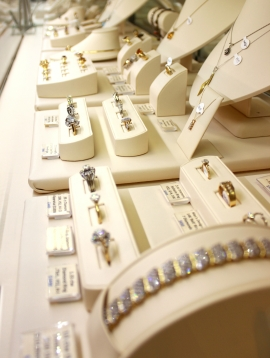 Sell Your Fine Jewelry in Portland | Upscale Consignment